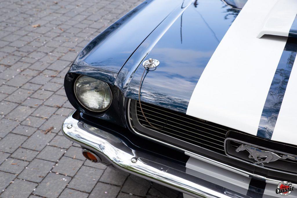 Ford Mustang GT 350 silnik V8 4,7L mocy 220KM